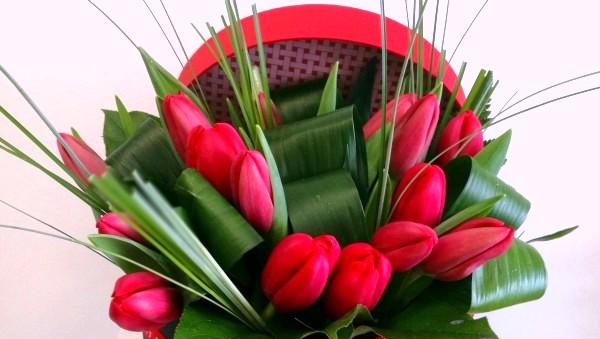 Care Este Cel Mai Potrivit Cadou De 8 Martie? Florile